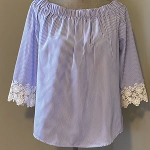 Pinned stripe top with lace sleeves